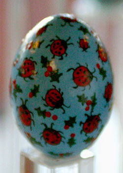 Painted egg by Alice Reed, Milford, DE