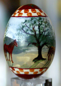 Painted egg by Lisa Curry Mair, Perkinsville, VT