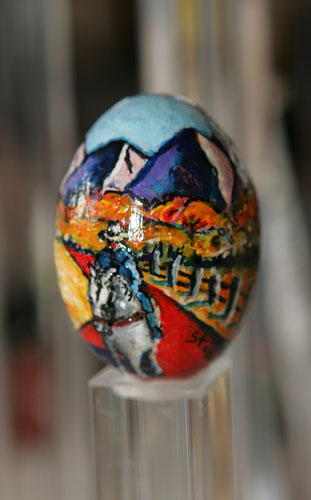 painted egg by Ms. Lyn Stallard, Ketchum, ID