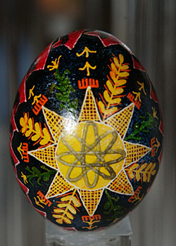 Painted egg by Ann Welborne
