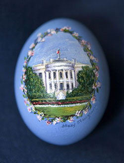 Painted egg by Mary Steingesser