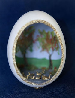 Painted egg by Diane Murray