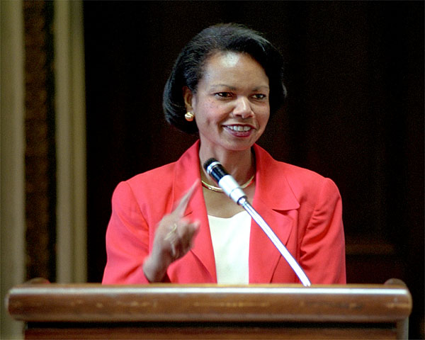 Dr. Condoleezza Rice, Assistant to the President for National Security Affairs, speaks to the 2001 summer interns.