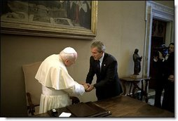 President Bush visits His Excellency Pope John Paul II at Vatican City May 28, 2002. White House photo by Eric Draper.
