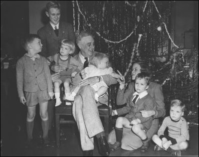 President Franklin D. Roosevelt and family, December 24, 1943.