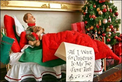 All I Want For Christmas Is My Two Front Teeth Lyrics.White House Christmas Decorations 2004