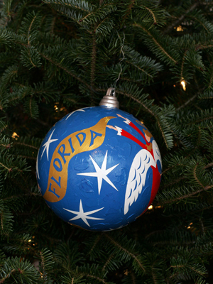 Florida Congressman John Mica selected artist Pierre H. Matisse to decorate the 7th District's ornament for the 2008 White House Christmas Tree.