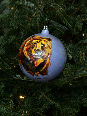 Idaho Senator Larry Craig selected artist Terry Lee to decorate the State's ornament for the 2008 White House Christmas Tree.