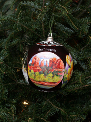 Arizona Senator John McCain selected artist Vikki Reed to decorate the State's ornament for the 2008 White House Christmas Tree