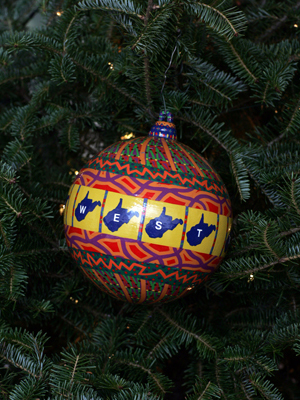 West Virginia Congresswoman Shelley Moore Capito selected artist Harold K. Edwards to decorate the 2nd District's ornament for the 2008 White House Christmas Tree.