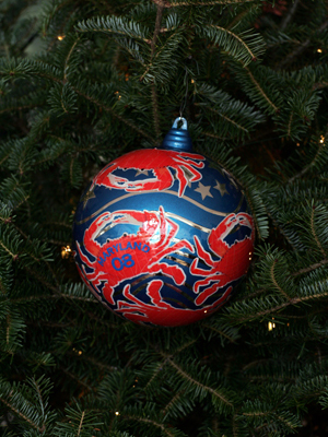 Maryland Senator Barbara Mikulski selected artist Vincent Peraino to decorate the State's ornament for the 2008 White House Christmas Tree.