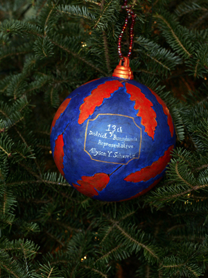 Pennsylvania Congresswoman Allyson Schwartz selected artist Angela Combs to decorate the 13th District's ornament for the 2008 White House Christmas Tree