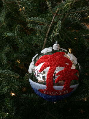 Florida Congressman Tom Feeney selected artist Lloyd Marcus to decorate the 24th District's ornament for the 2008 White House Christmas Tree.