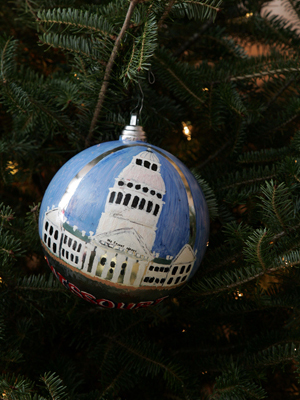 Missouri Senator Claire McCaskill selected artist Richard Jones to decorate the State's ornament for the 2008 White House Christmas Tree