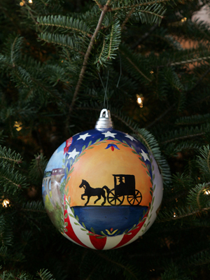 Pennsylvania Senator Bob Casey selected artist Maggie Sallusti to decorate the State's ornament for the 2008 White House Christmas Tree.