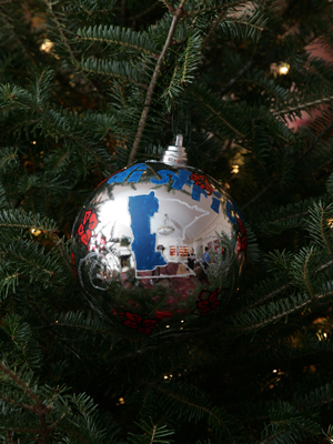 Minnesota Congressman Collin Peterson selected artist Kelsey Gunvalson to decorate the 7th District's ornament for the 2008 White House Christmas Tree.