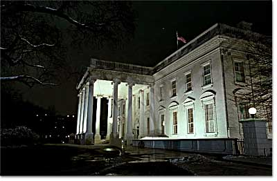 Picture of White House at night