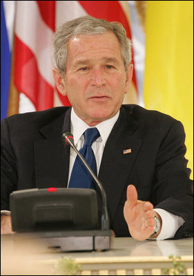 President George W. Bush and Laura Bush are met by British Prime ...