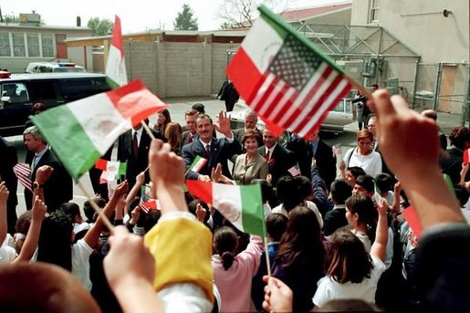 Laura Bush and Mexican President Vicente Fox are greeted by cheering students as they arrive to Morningside Elementary School in San Fernando, Calif., March 22, 2001. White House photo by Paul Morse.