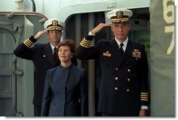 Laura Bush is welcomed aboard the USS Shiloh anchored in San Diego, Calif., for a Troops to Teachers event March 23, 2001.  White House photo by Paul Morse