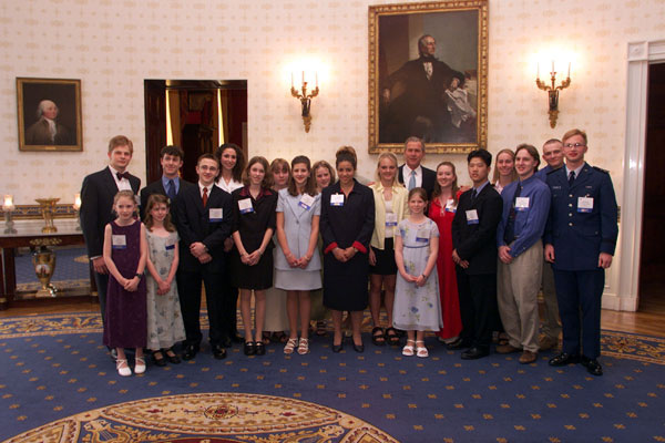 President George W. Bush meets winners of the President's Youth Environmental Awards in the White House Tuesday, April 24, 2001. WHITE HOUSE PHOTO BY PAUL MORSE