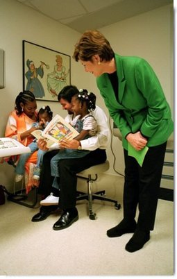 Laura Bush visits with patients and personnel in the Chicago Hospital Pediatric Unit during a visit to promote the Read Out and Read Program in Chicago, Illinois, May 14, 2001.  White House photo by Paul Morse
