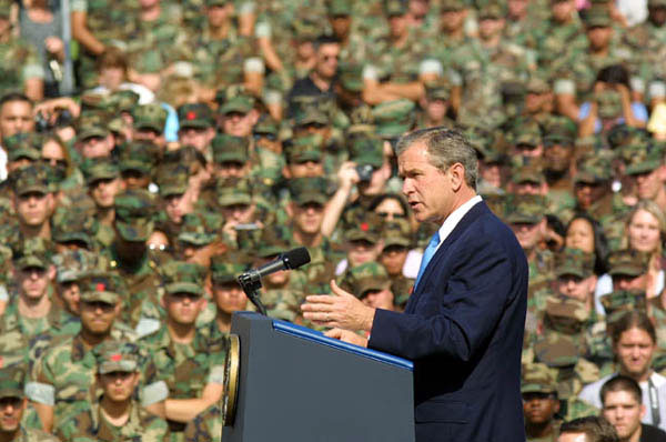 President George W. Bush speaks to Marines at Camp Pendelton, CA Tuesday May 29, 2001 about enregy conservation. WHITE HOUSE PHOTO BY PAUL MORSE