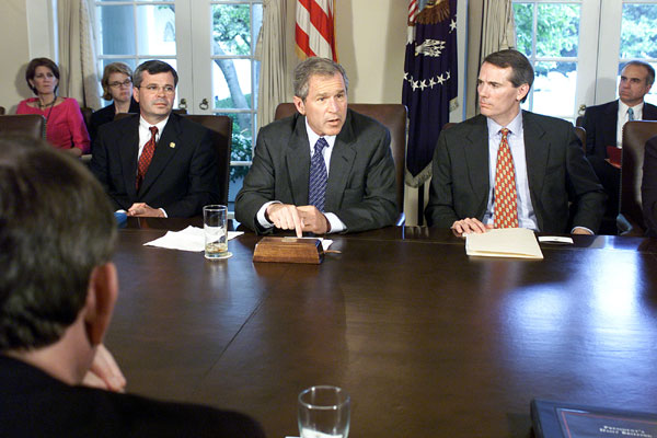President Bush meets with House leaders to discuss Patients' Bill of Rights legislation. WHITE HOUSE PHOTO BY MOREEN ISHAKAWA