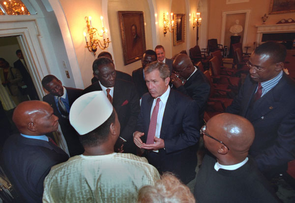 President George W. Bush talks with African leaders following his meeting with African presidents in the Cabinet Room, Thursday, June 28, 2001. WHITE HOUSE PHOTO BY ERIC DRAPER