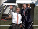 President Fox and President Bush wave from Marine One.