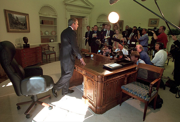 oval office white house. Brilliant Office President Addressing Reporters In The Oval Office September 13 White House  Photo By Paul Morse Intended L