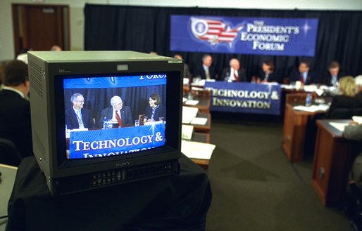 Vice President Dick Cheney listens as panelists at the Technology and Innovation panel at the President's Economic Forum share their concerns about economic issues at Baylor University in Waco, Texas on Tuesday August 13, 2002.