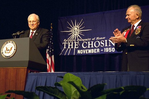 After being introduced by the president of The Chosin Few, Col. John Gray, right, Vice President Dick Cheney speaks to the organization of Korean War veterans in San Antonio, TX Aug. 29, 2002.