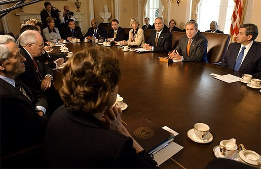 President George W. Bush meets with his Cabinet in the Cabinet Room at the White House Tuesday, Sept. 24. White House photo by Tina Hager.