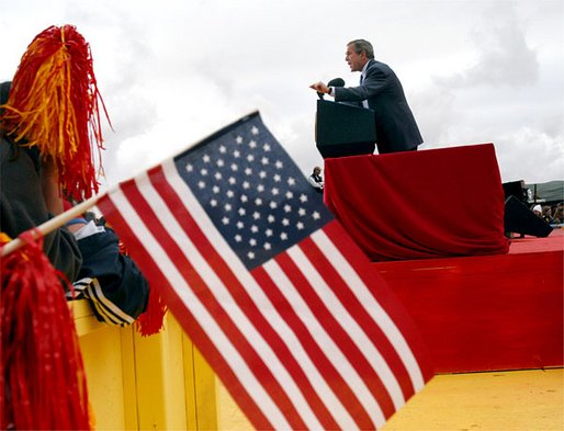 President George W. Bush addresses the audience during the New Mexico Welcome at Riner Steinhoff Soccer Complex in Alamogordo, N.M., Oct. 28, 2002.