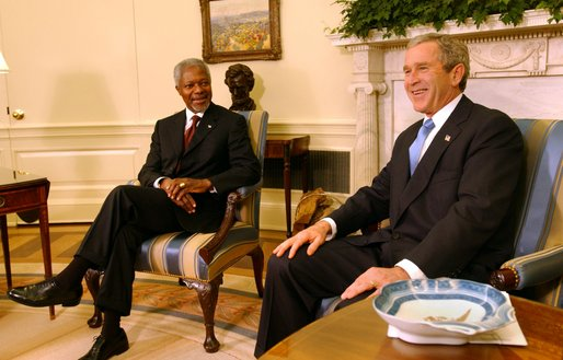 "President George W. Bush meets with United Nations Secretary General Kofi Annan in the Oval Office Wednesday, Nov 13. ""I'm grateful for your leadership at the United Nations. A while ago the United Nations Security Council made a very strong statement that we, the world, expects Saddam Hussein to disarm for the sake of peace,"" said President Bush during the afternoon meeting at the White House. White House photo by Tina Hager"