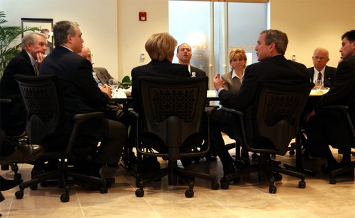 President George W. Bush meets with small investors at Charles Schwab and Company in Alexandria, Va., Wednesday, Feb. 12, 2003. White House photo by Tina Hager.