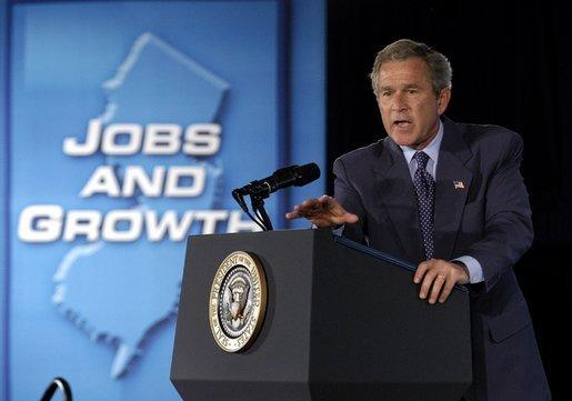 "President George W. Bush speaks to the small business community in Elizabeth, N.J., Monday, June 16, 2003. ""I want to herald the entrepreneurs. I want to say thanks to those who have taken risks,"" said the President in his remarks. ""And I want to remind our fellow citizens that in order for our economy to recover we must remember the strength and the importance of the small business owner in America."" White House photo by Eric Draper"