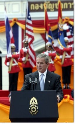 President George W. Bush addresses Thai troops at the Royal Thai Army Headquarters in Bangkok, Thailand, Sunday Oct. 19, 2003.  White House photo by Paul Morse