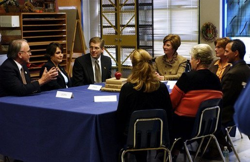 Laura Bush discusses reading skill development for middle and high school-aged children in a roundtable conversation at Discovery Middle School in Orlando, Fla., Wednesday, Jan. 21, 2004. White House photo by Tina Hager