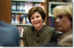 Laura Bush participates in a roundtable at the Advanced Technologies Academy in Las Vegas, Nev., Thursday, February 19, 2004.  White House photo by Paul Morse