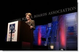 First Lady Mrs. Laura Bush gives remarks to the National School Boards Association 64th annual conference in Orlando, FL on March 29, 2004.   White House photo by Paul Morse