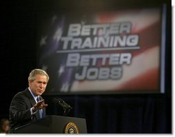 President George W. Bush delivers remarks on job training and the economy at Central Piedmont Community College in Charlotte, N.C., Monday, April 5, 2004.  White House photo by Eric Draper