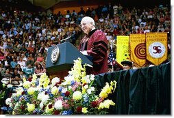 Vice President Dick Cheney congratulates the men and women of the Class of 2004 at the Florida State University Commencement Ceremony in Tallahassee, Fla., Saturday, May 1, 2004.  White House photo by David Bohrer