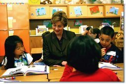 Laura Bush attends Mrs. Lori Laraway's 2nd Grade Reading lesson at the William Walker Elementary School in Beaverton, Ore., Wednesday, May 19, 2004.  White House photo by Tina Hager