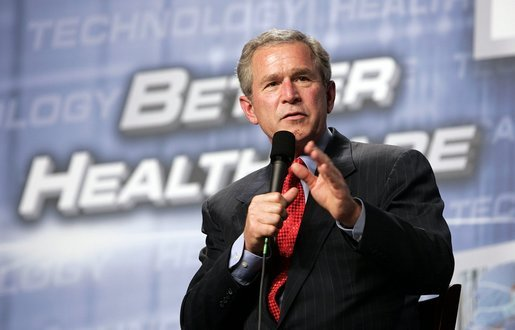 President George W. Bush participates in a conversation on health care information technology at Vanderbilt University in Nashville, Tenn., May 27, 2004. White House photo by Paul Morse