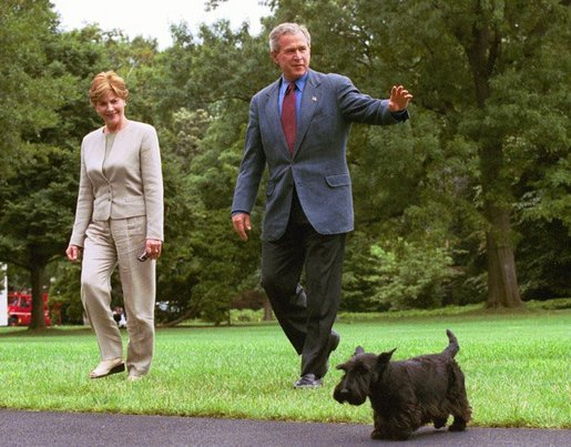 Barney Bush accompanies President George W. Bush and Laura Bush upon their arrival to the White House from Crawford, Texas. White House photo by Joyce Naltchayan
