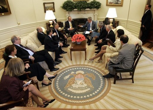 President George W. Bush meets with Prime Minister Peter Medgyessy of Hungary in the Oval Office, Tuesday, June 22, 2004. White House photo by Eric Draper