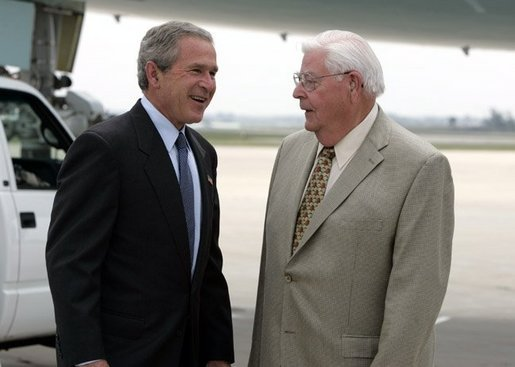 President George W. Bush meets with Freedom Corps greeter Dean Gesme Sr. after arriving in Cedar Rapids, Iowa on July 20, 2004. White House photo by Paul Morse.