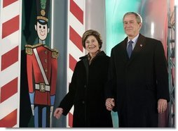 President George W. Bush and Laura Bush arrive at the Pageant of Peace to light the National Christmas Tree on the Ellipse near the White House Dec. 2, 2004.  White House photo by Paul Morse